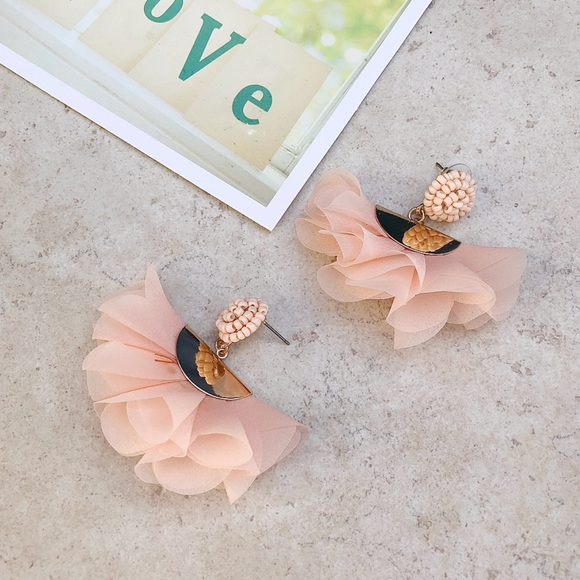 Jewelry - Blush Statement Earrings
